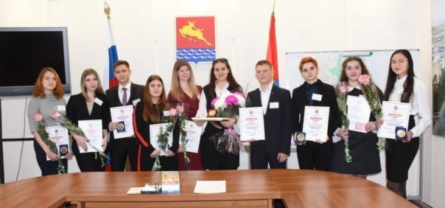Старший курсант Мананков Денис стал обладателем диплома финалиста конкурса «Доброволец года»